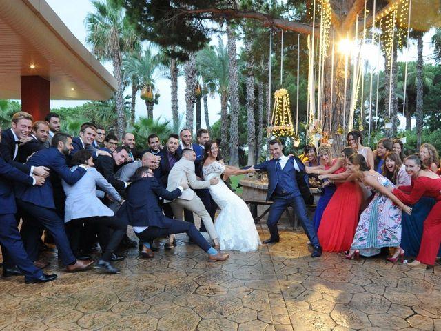 La boda de Marc y Tatiana en Sant Vicenç De Montalt, Barcelona 47