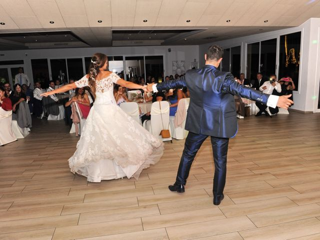 La boda de Marc y Tatiana en Sant Vicenç De Montalt, Barcelona 55