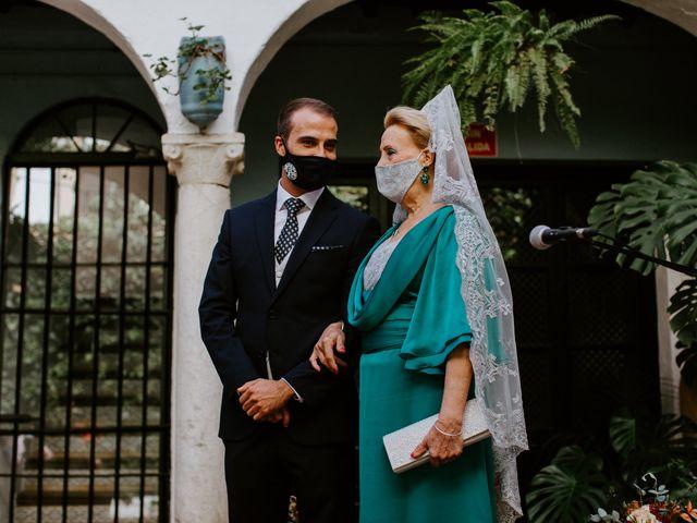 La boda de Enrique y Lucía en Córdoba, Córdoba 19