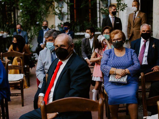 La boda de Enrique y Lucía en Córdoba, Córdoba 21