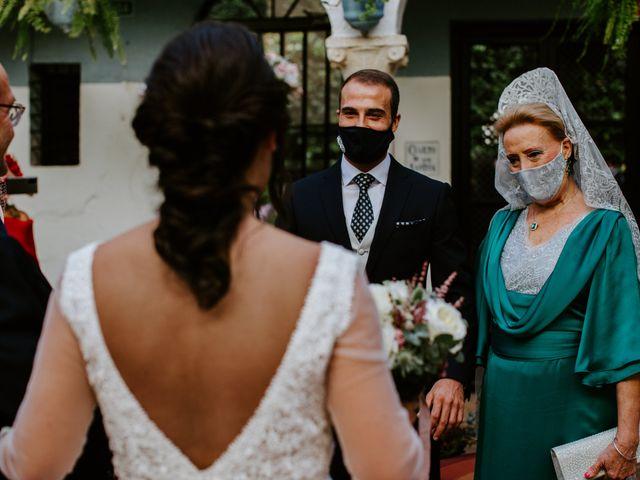 La boda de Enrique y Lucía en Córdoba, Córdoba 25