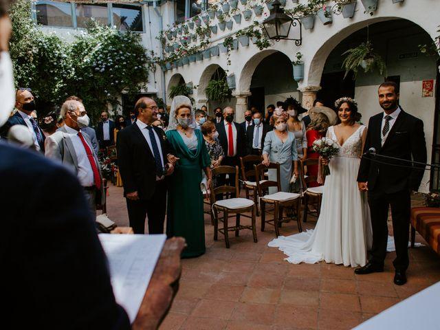 La boda de Enrique y Lucía en Córdoba, Córdoba 31