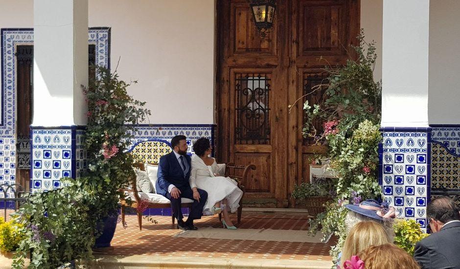 La boda de Julián y Nuria en Picanya, Valencia