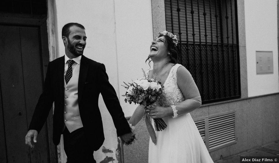 La boda de Enrique y Lucía en Córdoba, Córdoba