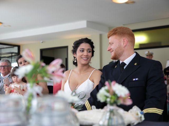 La boda de Fran y Andrea en Oleiros, A Coruña 23