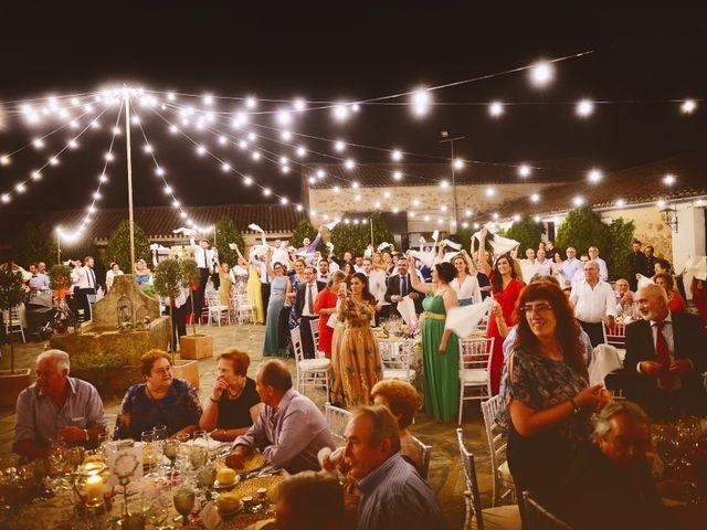 La boda de Jonatan y Elvira en Cabezabellosa, Cáceres 53