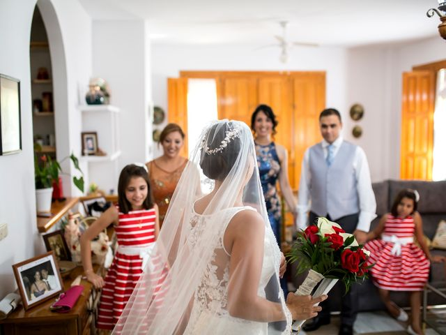 La boda de Narciso y Laura en Otura, Granada 16