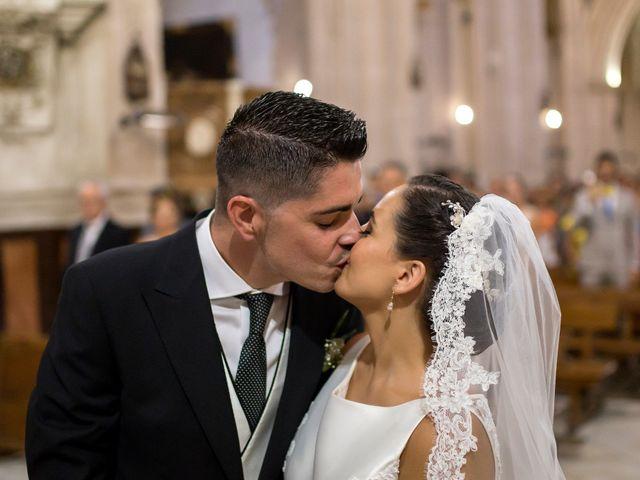 La boda de Narciso y Laura en Otura, Granada 22