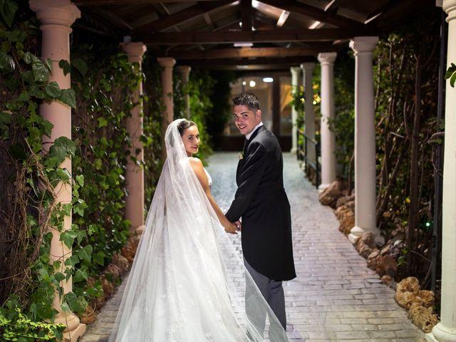 La boda de Narciso y Laura en Otura, Granada 38