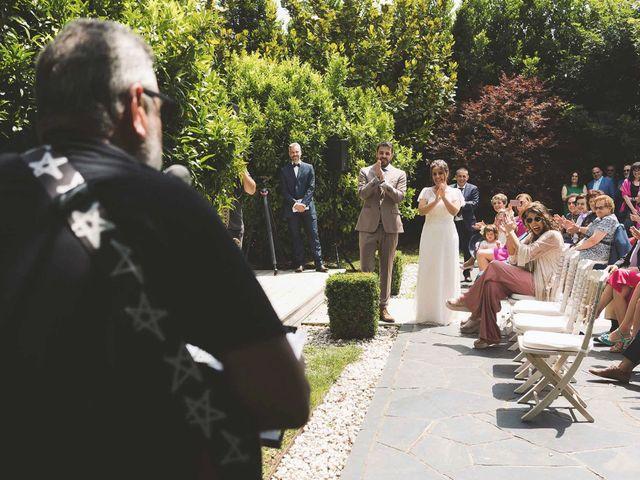 La boda de Gui y Nuria en Navia, Asturias 18