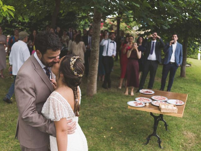 La boda de Gui y Nuria en Navia, Asturias 33