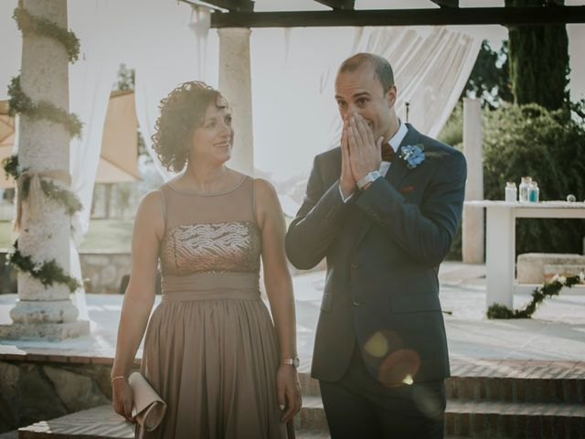 La boda de Albert y Isabel en Brunete, Madrid 11