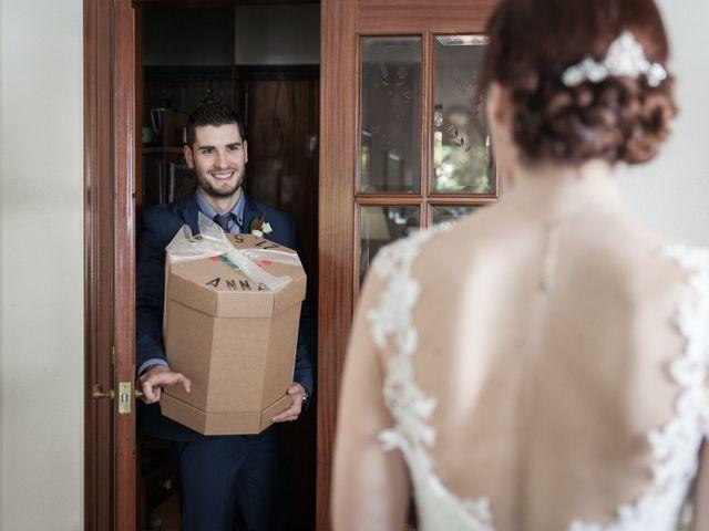 La boda de Israel y Anna en Sant Andreu De La Vola, Barcelona 12