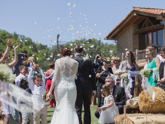 La boda de Israel y Anna en Sant Andreu De La Vola, Barcelona 29