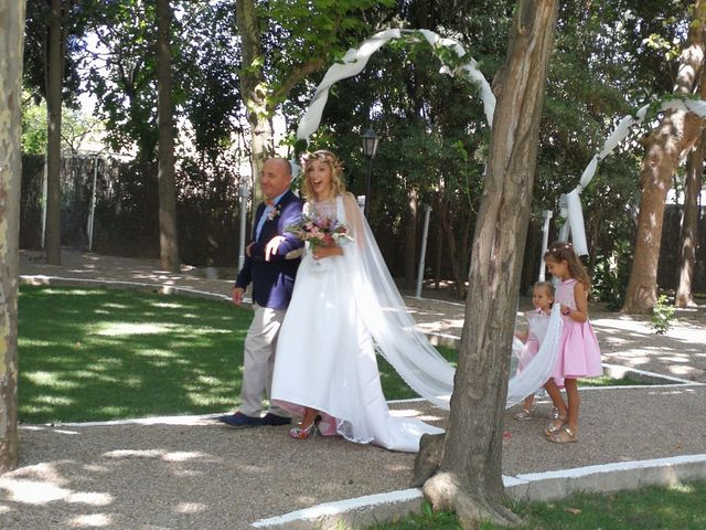 La boda de Cristian y Veronica en Zaragoza, Zaragoza 10