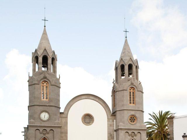 La boda de Nancy y Carlos en Las Palmas De Gran Canaria, Las Palmas 3