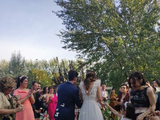 La boda de Victor y Marta en Alfajarin, Zaragoza 5