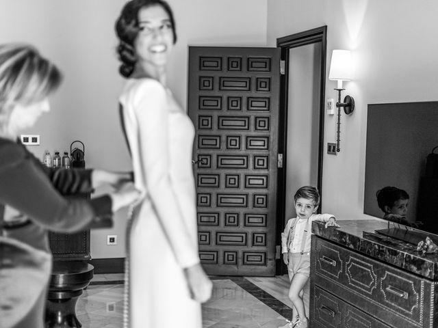 La boda de Alberto y Noelia en Sanlucar La Mayor, Sevilla 24
