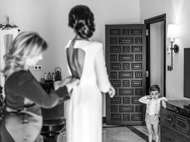 La boda de Alberto y Noelia en Sanlucar La Mayor, Sevilla 28