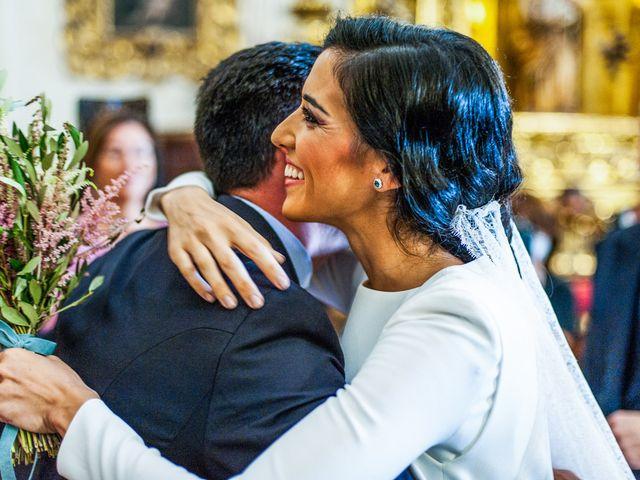 La boda de Alberto y Noelia en Sanlucar La Mayor, Sevilla 61