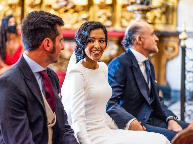 La boda de Alberto y Noelia en Sanlucar La Mayor, Sevilla 67