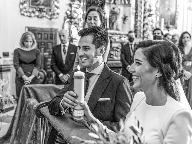 La boda de Alberto y Noelia en Sanlucar La Mayor, Sevilla 74