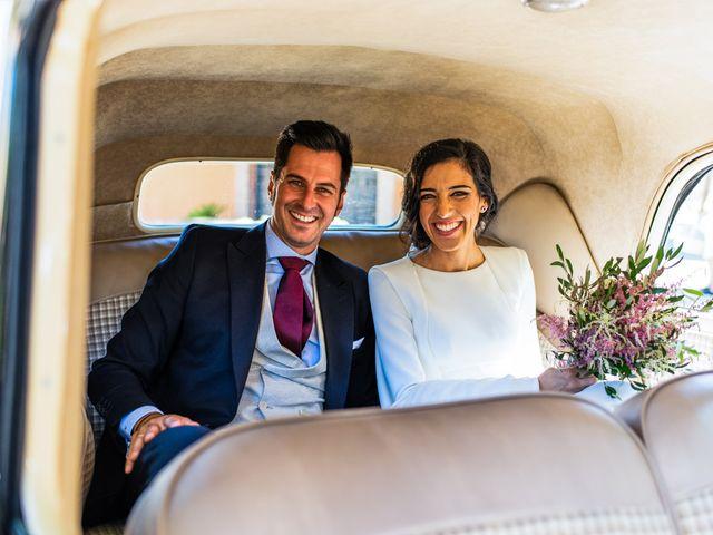 La boda de Alberto y Noelia en Sanlucar La Mayor, Sevilla 88