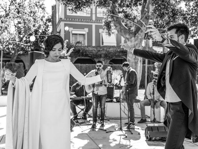 La boda de Alberto y Noelia en Sanlucar La Mayor, Sevilla 113
