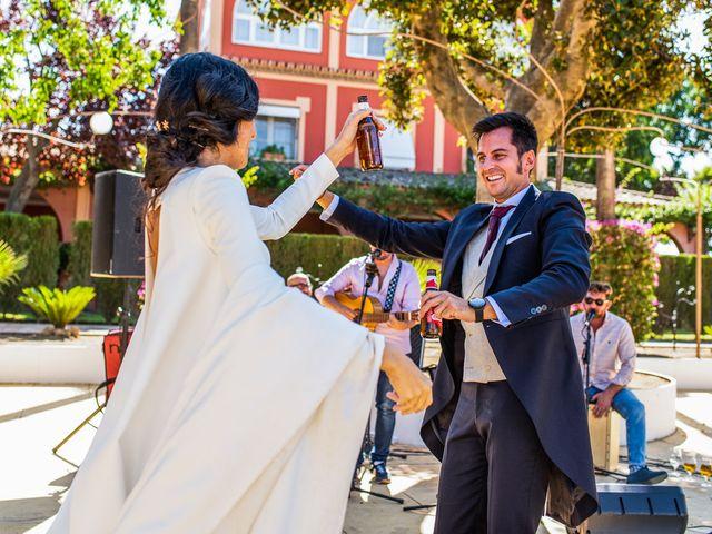 La boda de Alberto y Noelia en Sanlucar La Mayor, Sevilla 114