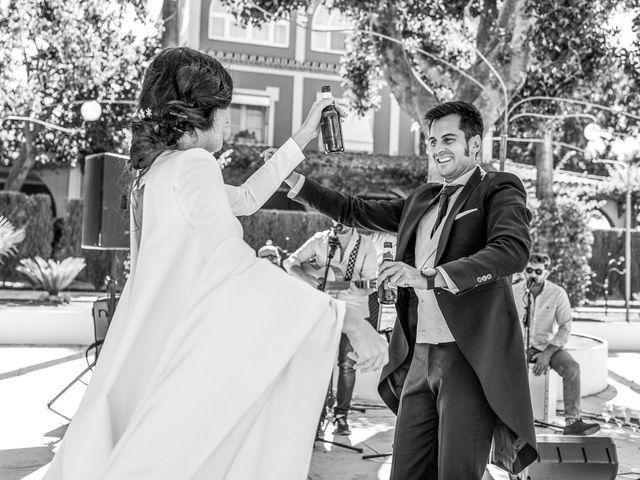 La boda de Alberto y Noelia en Sanlucar La Mayor, Sevilla 115