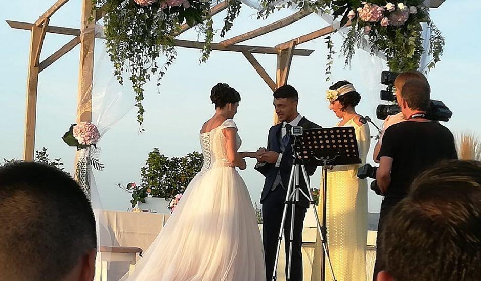 La boda de Guille  y Elena en Muro De Alcoy, Alicante