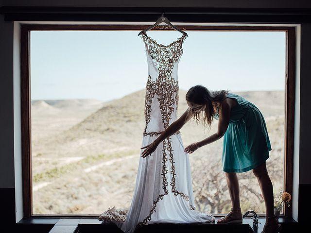 La boda de Juan Carlos y Esther en Aguamarga, Almería 2