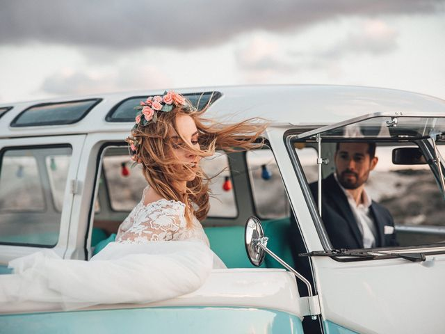 La boda de Juan Carlos y Esther en Aguamarga, Almería 171