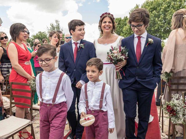 La boda de Hugo y Beatriz en Madrid, Madrid 23
