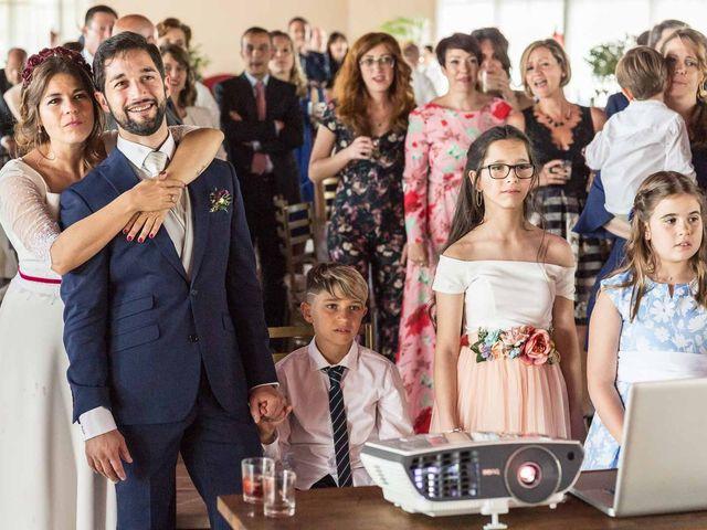 La boda de Hugo y Beatriz en Madrid, Madrid 64