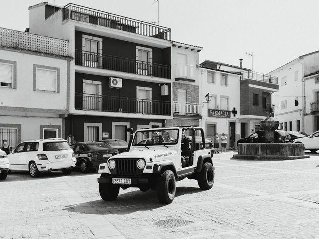 La boda de Jaime y Fátima en Jarandilla, Cáceres 22