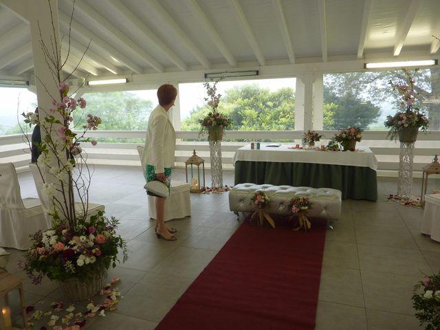 La boda de Javier y Elena en Oviedo, Asturias 3