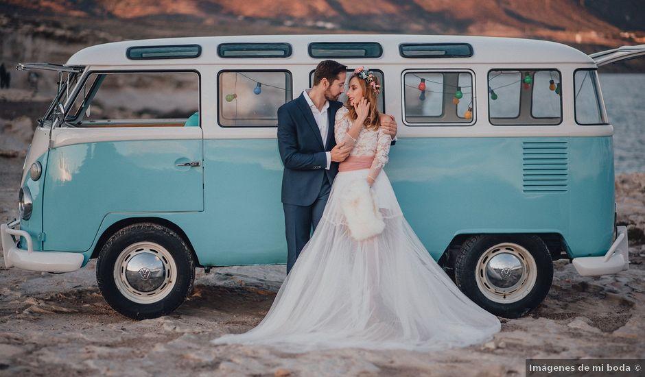 La boda de Juan Carlos y Esther en Aguamarga, Almería