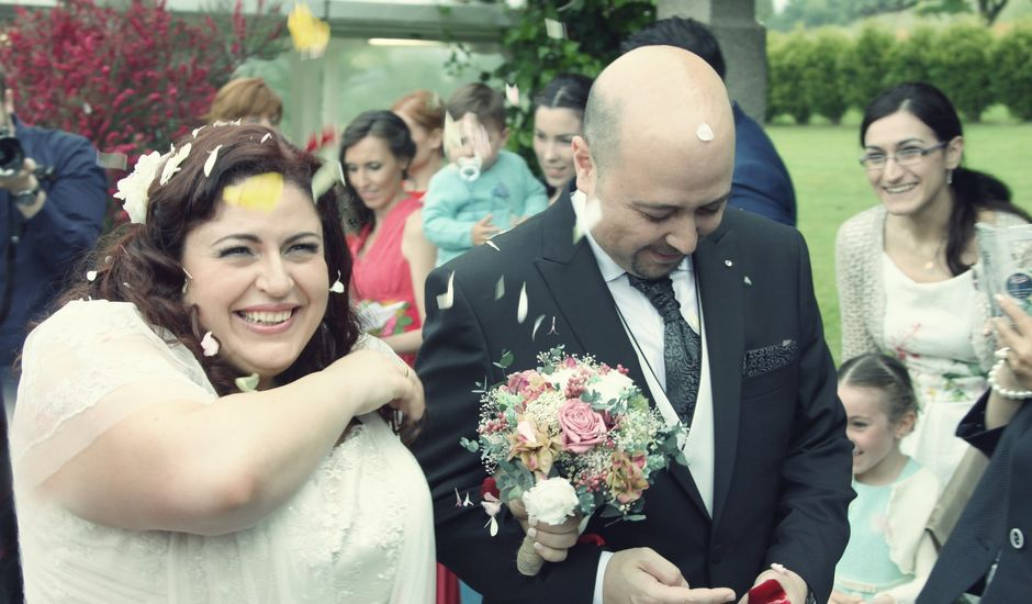 La boda de Javier y Elena en Oviedo, Asturias