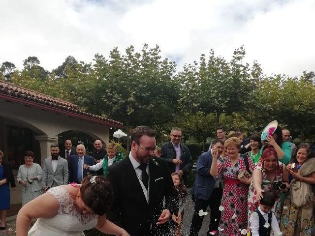 La boda de Héctor y Conchy en Santiago De Compostela, A Coruña 2
