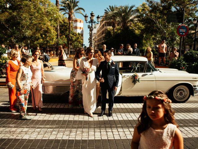 La boda de Manuel y María José en Torrevieja, Alicante 32
