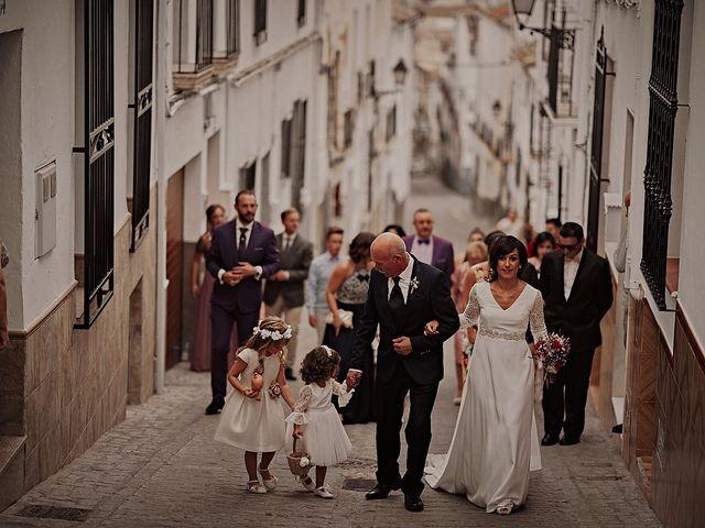 La boda de Victor y Teresa en Alcala La Real, Jaén 31
