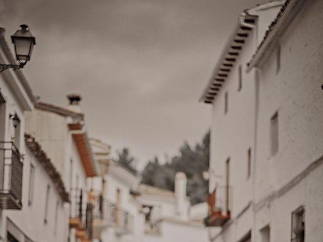 La boda de Victor y Teresa en Alcala La Real, Jaén 33