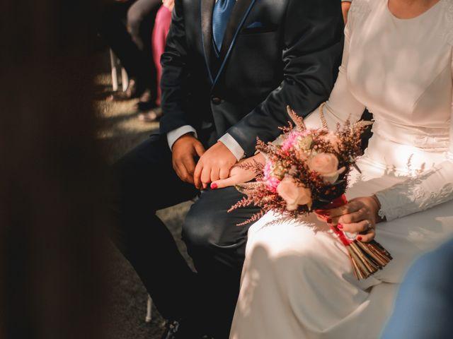 La boda de Kiko y Lourdes en Santiponce, Sevilla 25