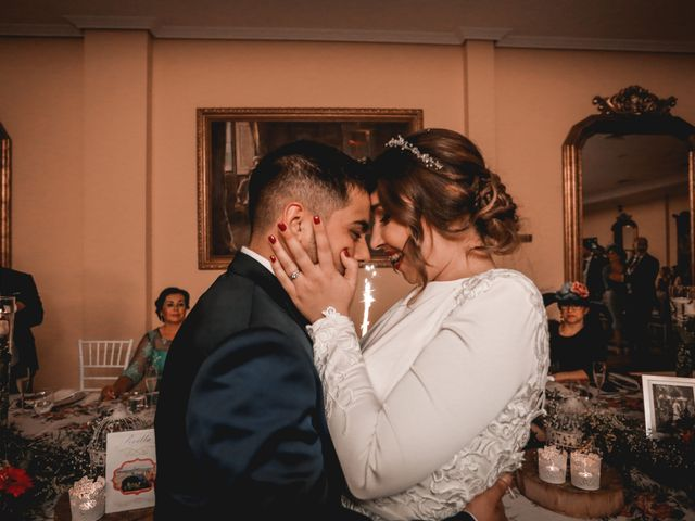 La boda de Kiko y Lourdes en Santiponce, Sevilla 37