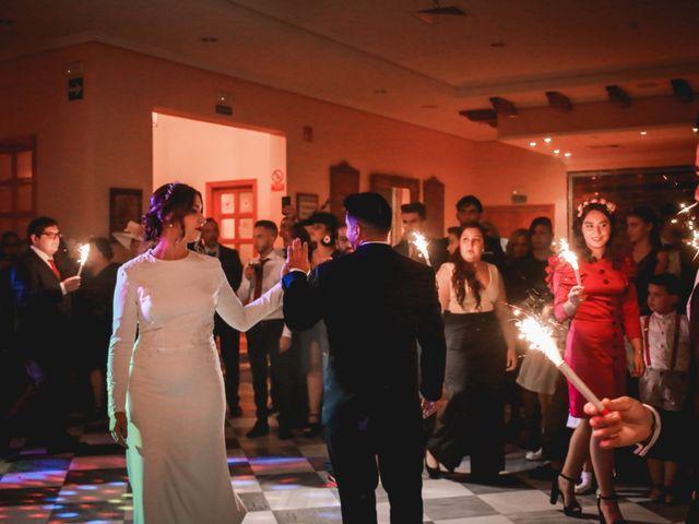 La boda de Kiko y Lourdes en Santiponce, Sevilla 40