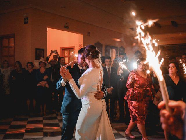 La boda de Kiko y Lourdes en Santiponce, Sevilla 41