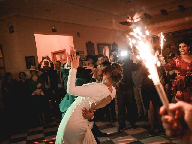 La boda de Kiko y Lourdes en Santiponce, Sevilla 42