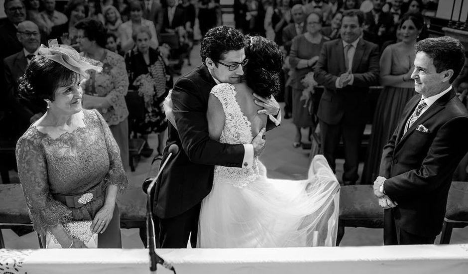 La boda de Beatriz y Miguel Ángel en Cabra, Córdoba