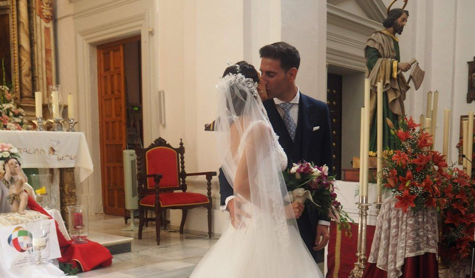 La boda de Miguel y Ana en Cádiz, Cádiz